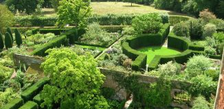 Sissinghurst Castle Garden. Credit: Creative Commons