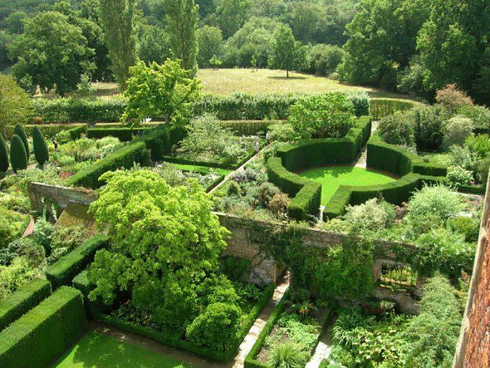 Sissinghurst Castle Garden. Credit: Creative Commons
