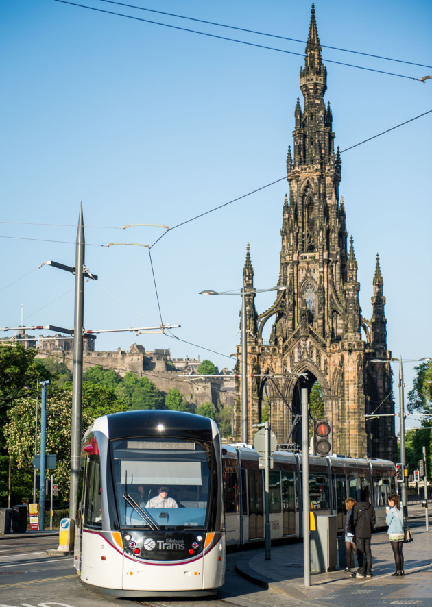 Edinburgh Trams Run From The Airport To York Place With Stops At Train Stations Murrayfield