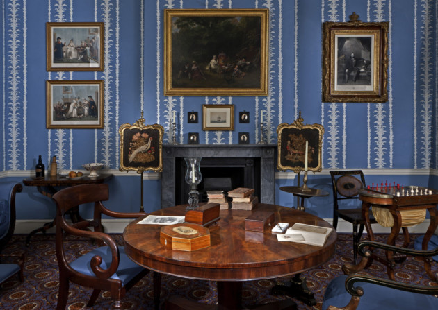 1830s Drawing Room Copyright Geffrye Museum London