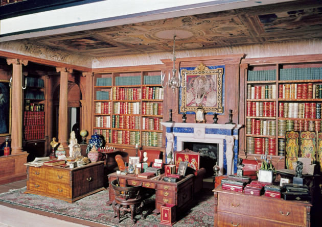 The library, Queen Mary's Dolls' House. Royal Collection Trust/© Her Majesty Queen Elizabeth II