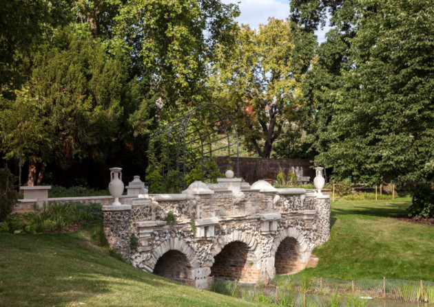 Ealing's historic Walpole Park now open - Discover Britain