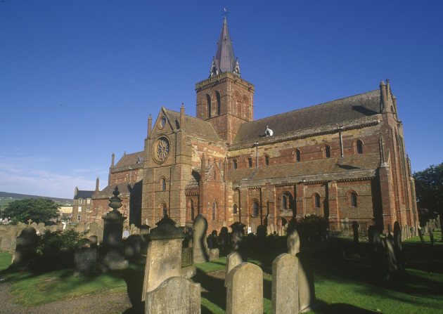 St Magnus Cathedral, Orkney. © P.Tomkins/VisitScotland/Scottish Viewpoint