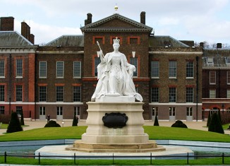 Queen Victoria outside Kensington Palace
