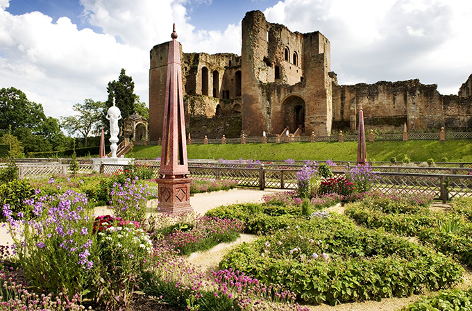 The Elizabethan garden at Kenilworth Castle. Credit: English Heritage Photo Library