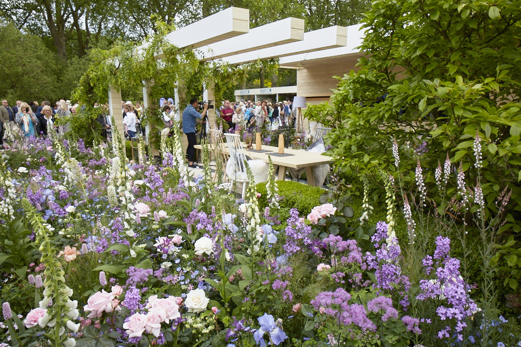 The LG Smart Garden at RHS Chelsea Flower Show 2016