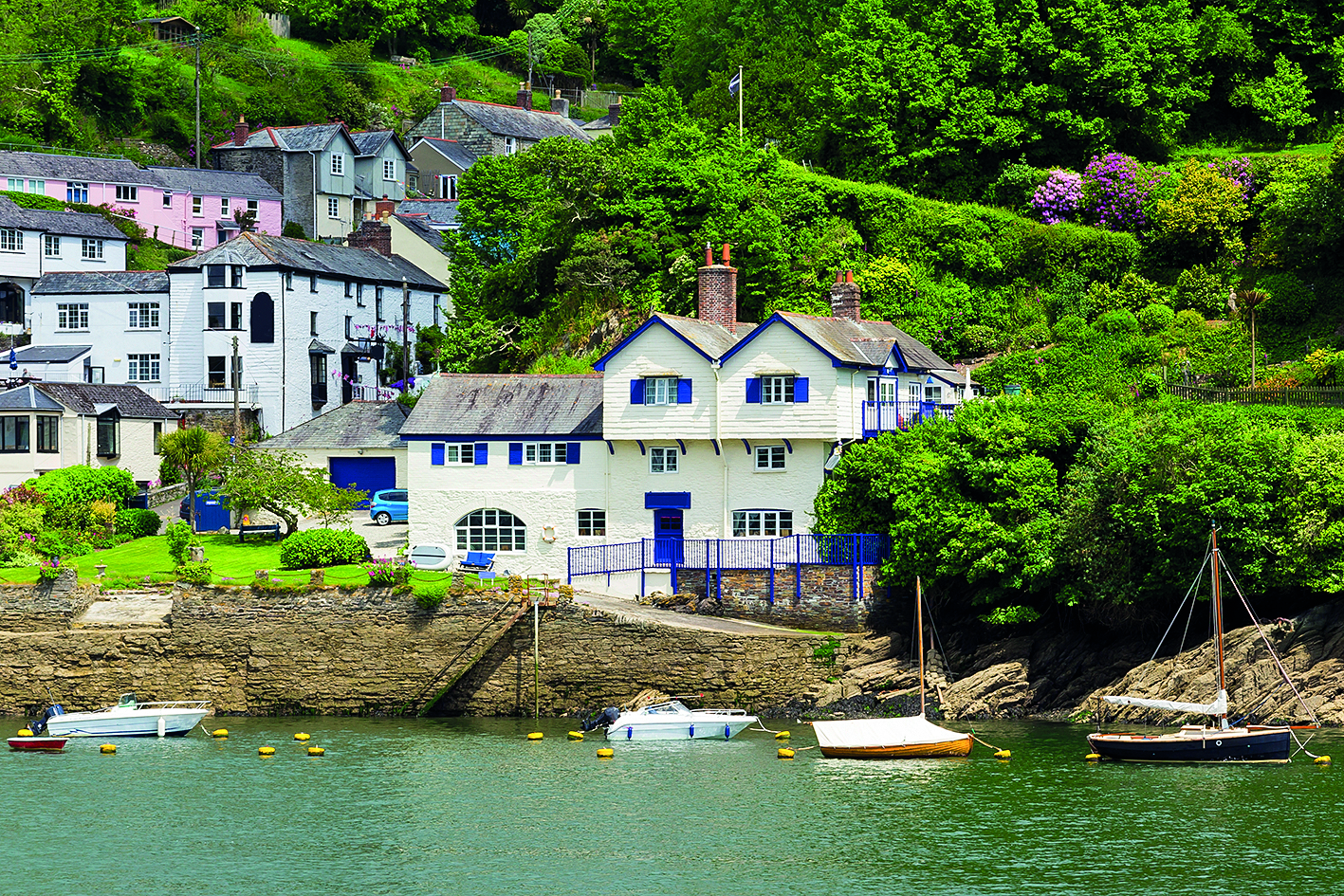 Daphne du Maurier's first novel, The Loving Spirit, was written at Ferryside in Bodinnick, Cornwall. Credit: iStock