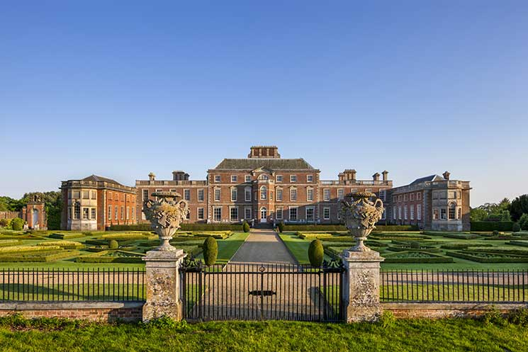 Wimpole hall, gardens, national trust