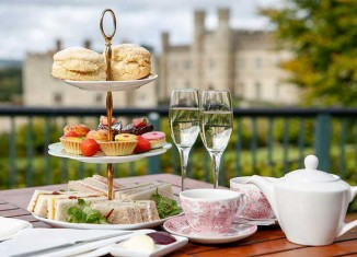 Leeds Castle, Afternoon tea