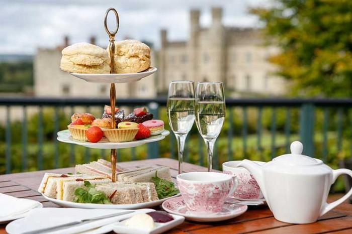 Leeds Castle, Afternoon tea
