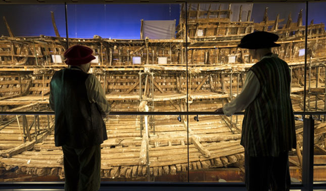 maryrose balcony upperdeck tudor henry vii ship naval warfare navy