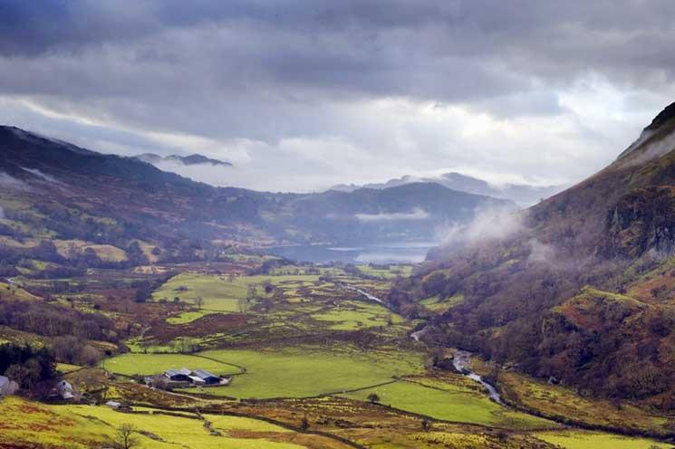 Nant Gwynant Valley, Snowdonia National Park, Wales
