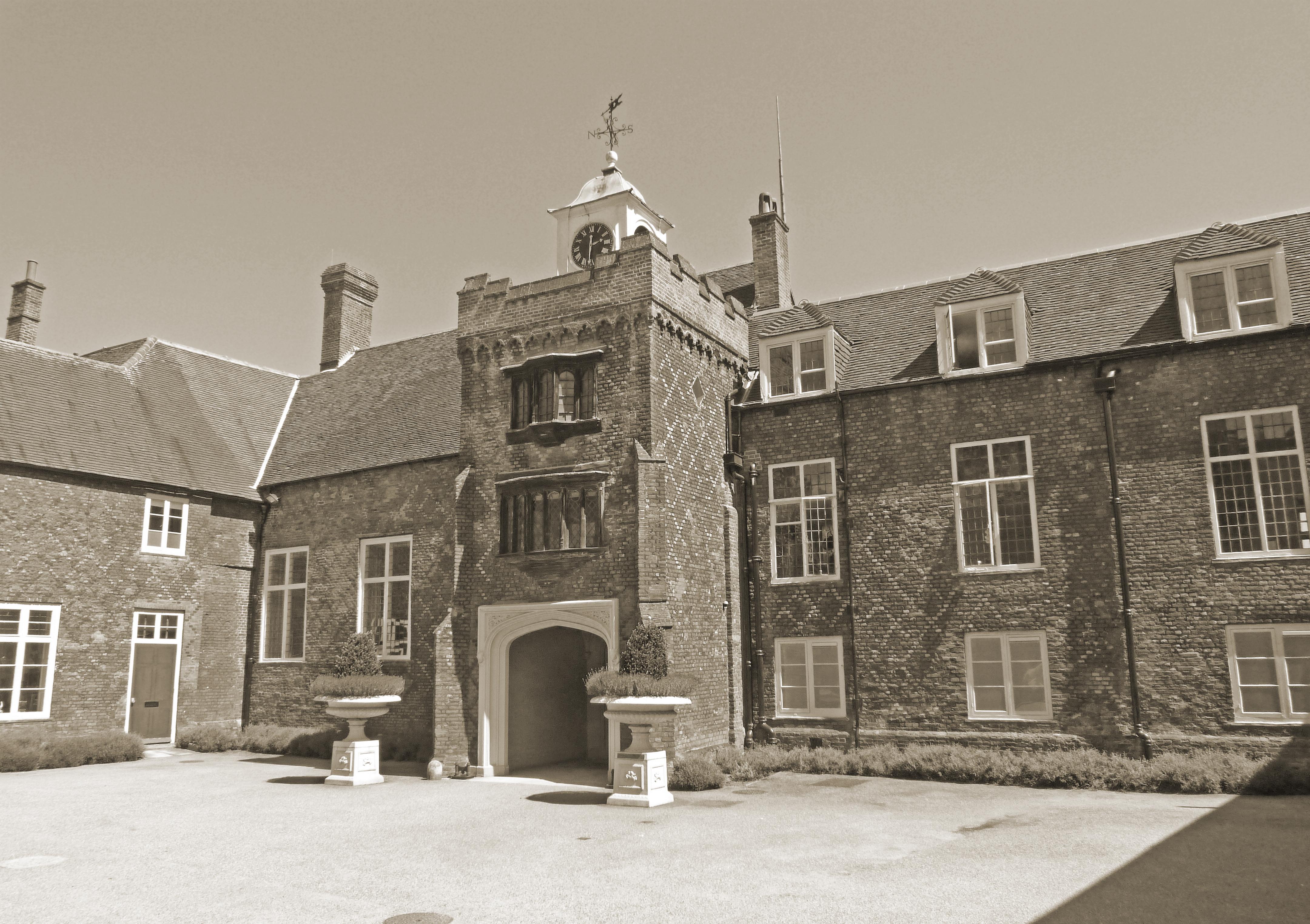 Fulham Palace, haunted house