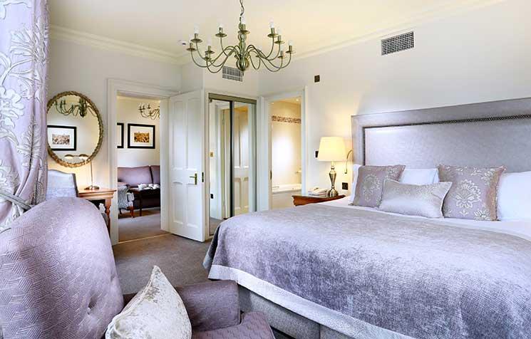 webRandolph-Classic-Suite-Bedroom-2