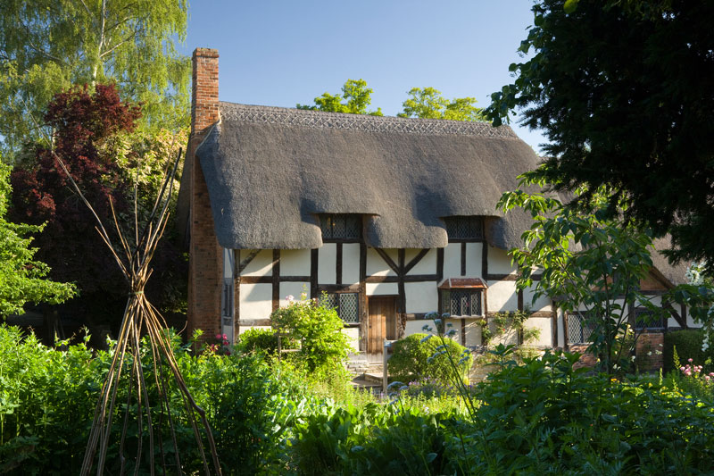 Four Must Visit Thatched Cottages Discover Britain