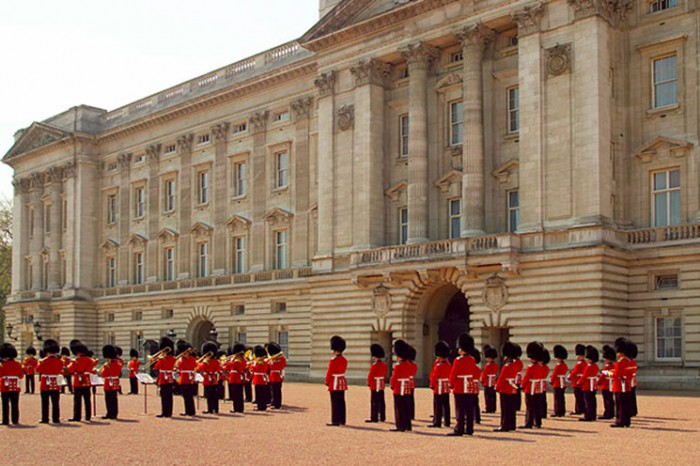Buckingham Palace. Credit: British Tourist Authority/VisitBritain
