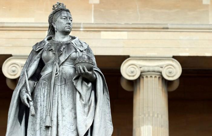 Queen Victoria statue in Worcester